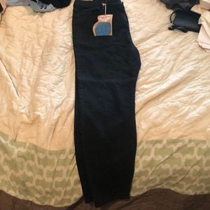 FOREVER 21 Black Denim Skinny Jeans